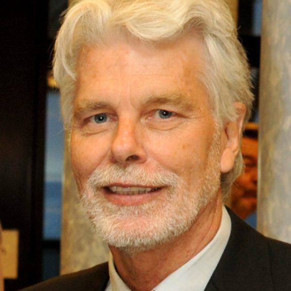 Portrait of Dr Paul Vlek